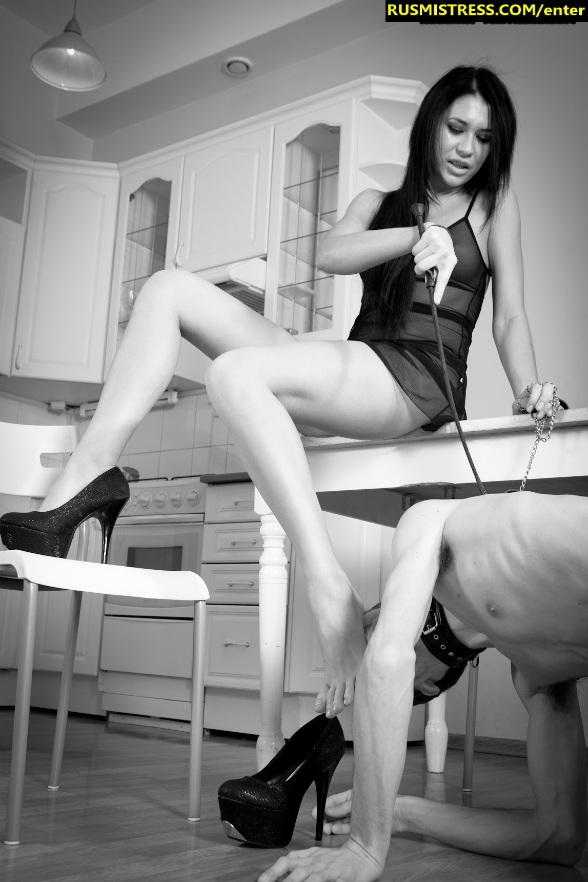 Black and white femdom porn with hot Russian mistress - peeing into slave's mouth